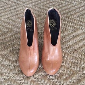Vince Camuto Camel Leather Bootie. NEW.